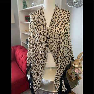 Beautiful leopard shrug kimono by Express